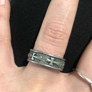 VINTAGE religious goth gothic ring Sz. 7-7.5